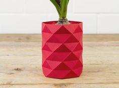 DIY-Anleitung: Origamivase falten via DaWanda.com