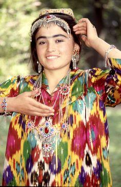 Tajik woman (the monobrow is highly desirable in #Tajikistan)