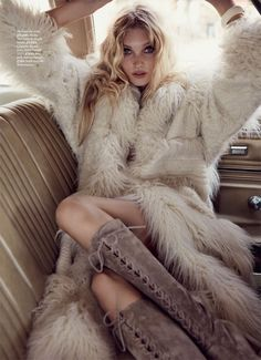 Gracing the pages of Marie Claire UK's October 2015 issue, top model Elsa Hosk showcases a more sensual side of the 1970s trend for this editorial captured by David Roemer (Atelier Management). The blonde beauty wears looks styled by Jayne Pickering ranging from flared hemlines to fringe and fabulous fur from top brands such as …