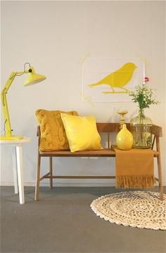 Met geel geef je een vrolijke touch aan je interieur. Styling & Fotografie - Demelza Krens ♥ Eijerkamp