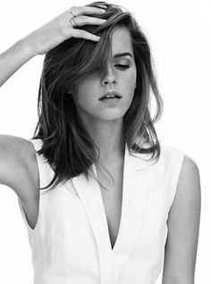 Emma Watson - Harry Potter, Beauty and the Beast, The Perks of Being A Wallflower, The Circle, Emma Watson Stil, Style Emma Watson, Emma Watson Belle, Lucy Watson, Emma Watson Beautiful, Emma Watson Fashion, Emma Watson Makeup, Photo Emma Watson, Medium Hair Styles For Women