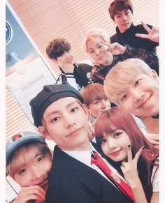 Bts Jungkook And V, Blackpink And Bts, Taehyung Fanart, Bts Taehyung, Kpop, Bts Group Photos, Bts Girl, Fake Girls, Blackpink Memes