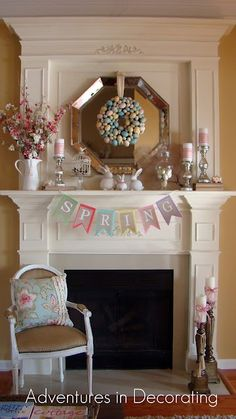 Easter and Spring ideas for Living Room and Dining Table! Decor Ideas for Family Room New Easter Decorating for Your Living Room – Room Decor Ideas Traditional Style Homes, Traditional Décor, Décor Boho, Hoppy Easter, Easter Crafts, Easter Decor, Easter Garland, Easter Wreaths, Holiday Wreaths