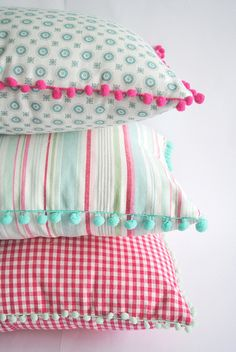 Cushions for Making Magazine - DIY Decor Ideas Cute Cushions, Scatter Cushions, Baby Pillows, Throw Pillows, Cushion Covers, Pillow Covers, Sewing Pillows, How To Make Pillows, Home And Deco
