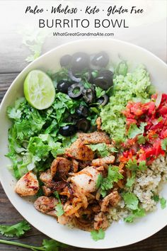 Just because you are grain-free doesn't mean you can't enjoy a delicious burrito bowl. This and Paleo Burrito Bowl is so easy and full of flavor! Source by whatgreatgrandmaate Dairy Free Recipes, Paleo Recipes, Mexican Food Recipes, Real Food Recipes, Paleo Meals, Mexican Desserts, Gluten Free, Freezer Recipes, Keto Foods