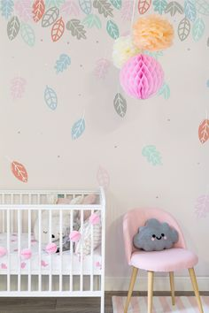 Looking for stylish nursery wallpaper ideas? The falling leaves in this wallpaper design help to instil a sense of calm into your home. Making it perfect for nursery and kid's rooms.