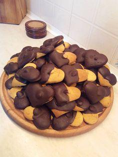 Stuffed Mushrooms, Cookies, Vegetables, Cake, Desserts, Food, Sweet Dreams, Stuff Mushrooms, Crack Crackers