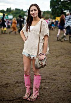 Festival fashion: Boho top & Pink hunter wellies!