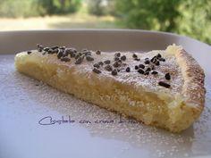 Crostata con crema di limoni all'acqua.  http://www.lacucinaleggeramanontroppo.com/2013/08/crostata-con-crema-di-limoni-allacqua.html