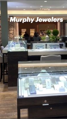 Retail Interior, Jewelry Organization, Pay Attention, Jewelry Stores, Jewels, Interior Design, Nest Design, Bijoux, Home Interior Design