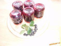 Jeřáb černý aronie postupně prřidávané recepty. Panna Cotta, Pudding, Ethnic Recipes, Desserts, Food, Tailgate Desserts, Dulce De Leche, Deserts, Puddings