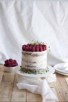 Raspberry Thyme Cake | Migalha Doce