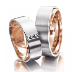 10 Strikingly Unique Wedding Band Ideas for Couples Engagement Rings Couple, Promise Rings For Couples, Couple Rings, Diamond Engagement Rings, Rings For Men, Modern Wedding Rings, Unique Wedding Bands, Couples Ring Tattoos, Couple Ring Design