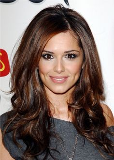 Cheryl Cole - seriously the most beautiful girl ever. I love her make-up!