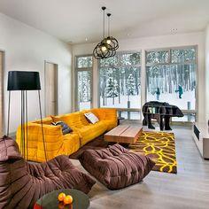 mountain-living-room-togo-sofa - Home Decorating Trends - Homedit Family Room Decorating, Family Room Design, Decorating Ideas, Togo Sofa, Contemporary Family Rooms, Contemporary Homes, Living Room Furniture, Living Room Decor, Living Rooms