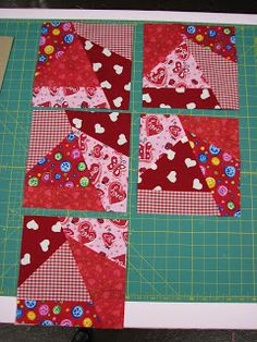 Elaineous Teaches Sewing: Crazy Quilt Block M. have you thought of a crazy quilt? I think they look fun! Crazy Quilt Tutorials, Quilting Tutorials, Quilting Projects, Quilting Designs, Sewing Projects, Quilting Ideas, Quilting Templates, Sewing Hacks, Crazy Patchwork