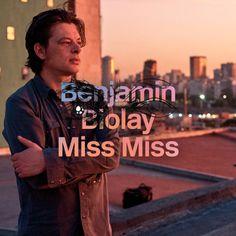 Benjamin Biolay se prépare à sortir son 7ème album studio, Palermo Hollywood. Ce disque sera dans les bacs des disquaires le 22 avril 2016. Enregistré en Argentine et plus particulièrement à Buenos Aires, une ville qu'il adore, Benjamin nous offre un...