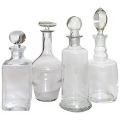 Antique Blown Glass Decanter Collection, Set of 4 (4.450 ARS) ❤ liked on Polyvore featuring home, kitchen & dining, bar tools, carafes & decanters, glass stopper, hand blown decanter, square glass decanter, square decanter and hand blown glass decanter