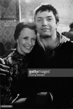 English actors Martin Shaw and Claire Bloom, 14th March 1974. They are starring in Edwin Sherin's revival of 'A Streetcar Named Desire' at the Piccadilly Theatre, London.
