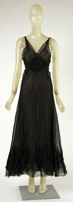 Evening Dress, Madeleine Vionnet (French, Chilleurs-aux-Bois 1876–1975 Paris): 1937, French, silk.