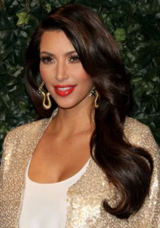 Kim Kardashian #hair and her face so pretty