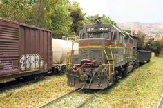 Weathered locos and freight cars at Sweethome Alabama (small HO layout in the UK) | Model Railroad Hobbyist magazine | Having fun with model trains | Instant access to model railway resources without barriers