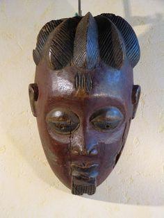 Antique for sale Yoruba mask of african man Mask Head Sculpture Fine arts architecture