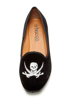 The pirate in me really really wants these shoes!