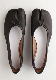 Maison Martin Margiela : Tabi flat shoes