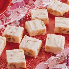 Love this white fudge made with cream http://pinterest.com/#cheese.