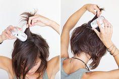 Bonjour les filles ! Comme promis aujourd'hui je vous parle CHEVEUX !! ˜˜˜ • WAKE-UP !! • On démarre au saut du lit ! Ici mes cheveux sont vierges. Ils ont été lavés la veille et séchés à l'air libre.Nouveau billet !