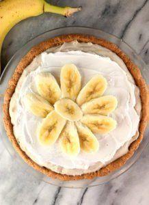 Healthy Banana Cream Pie (Gluten-free, Paleo)