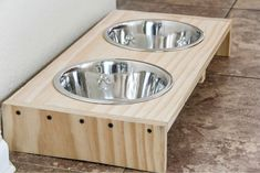 DIY Dog Food Bowl Stand is part of Diy Minute Dog Food Bowl Stand Projects By Me Dog Food - Stop dog food bowls from sliding around the floor with this easy DIY pet food bowl stand Dog Food Bowl Stand, Dog Food Stands, Dog Food Bowls, Pet Bowls, Wood Dog Bowl Stand, Raised Dog Bowls, Diy Stuffed Animals, Diy Dog, Pet Food