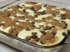 Chocolate Chip Cookie Dough Cheesecake Ingredients 2 package (8 oz) cream cheese, softened 1/2 cup sugar 2 eggs 1/2 tbs vanilla 1 roll (16.5 oz) Pillsbury™ refrigerated chocolate chip cookies (Opti...
