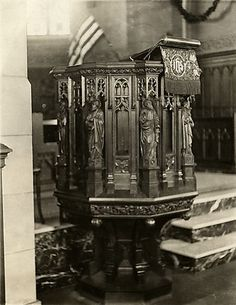 St. Thomas Memorial Episcopal Church Pulpit Oakmont, PA