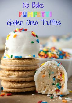 No Bake Funfetti Golden Oreo Truffles- only 4 ingredients to make these! And a ton of great information on how to perfectly dip candies and truffles is included! A twist on the classic oreo truffle with Golden Oreos, sprinkles, and white chocolate! Candy Recipes, Baking Recipes, Sweet Recipes, Cookie Recipes, Baking Tips, Baking Ideas, Köstliche Desserts, Delicious Desserts, Dessert Recipes