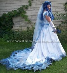 Corpse Bride Costume  http://www.coolest-homemade-costumes.com/corpse-bride-costume-2.html#