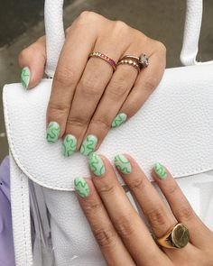 25 Cute Summer Nail Designs For You To Try - crazyforus Diy Nails, Cute Nails, Pretty Nails, Minimalist Nails, Nail Swag, Summer Acrylic Nails, Summer Nails, Funky Nails, Funky Nail Art