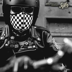 Motorbike Parts, Cafe Racing, Black Cowboys, Biker Gear, Line Shopping, Rockers, Punk Fashion, Boy Or Girl, Looks Great