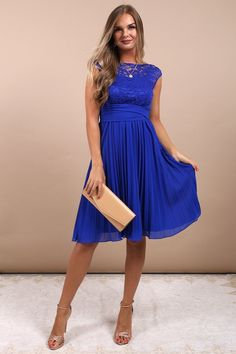 Super Dress Evening To Wear To A Wedding Simple 20 Ideas Simple Dresses, Blue Dresses, Beautiful Dresses, Formal Dresses, Royal Blue Party Dress, Party Outfits For Women, Lace Weddings, Wedding Lace, Wedding Dress