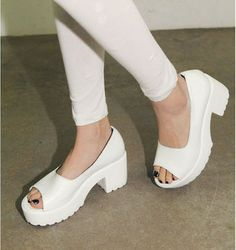 Free shipping fashion Genuine leather thick heel open toe sandals high heeled shos 2299