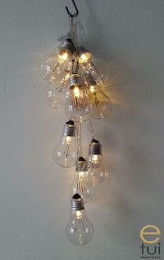 Sznur żarówek - oświetlenie diy za 10zł - e-tui.eu Chandelier, Ceiling Lights, Crafts, Home Decor, Self, Candelabra, Manualidades, Decoration Home, Room Decor