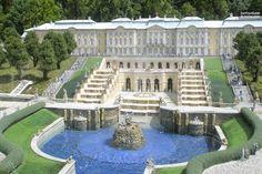 st. petersburg peterhof palace group tour by bus Beautiful Castles, Beautiful Buildings, Beautiful Places, Peterhof Palace, Dream Mansion, Russian Architecture, Summer Palace, Castle House, Group Tours