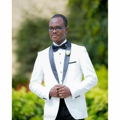 @stevedonfotos  The Groom Mr Barry Bruce Antwi @barry_06  Congratulations #weddi… #GhWeddings #GhanaWeddings #Weddings #fashion #iDoGhana #Ghana https://ghanayolo.com/stevedonfotos-the-groom-mr-barry-bruce-antwi-barry_06-congratulations-weddi-ghweddings-ghanaweddings-weddings-fashion-idoghana-ghana/