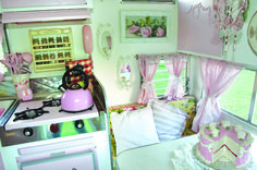 Vintage Glamper Decorating Ideas: Vintage Glamper for Girls :