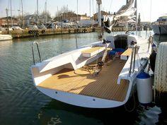 September 2016   R-30 daysailer win BARCA DELL'ANNO Vela e Motore in occasione del 56° International Boat Show di Genova             Sept...