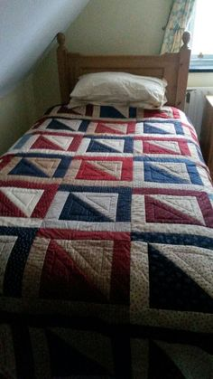 Alford Inn Quilt, Opposites Attract