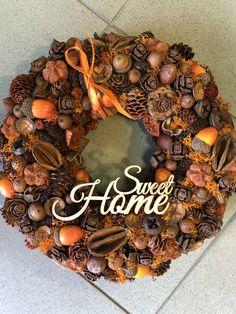 Fall Wreaths, Easter Wreaths, Christmas Wreaths, Christmas Crafts, Christmas Decorations, Xmas, Holiday Decor, Moss Wreath, Handmade Home Decor