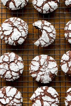 cooling rack with Chocolate Crinkle Cookies Thick, puffy and soft with a deep, rich chocolaty flavor. Chocolate Cherry, Mini Chocolate Chips, Best Chocolate, Chocolate Flavors, Chocolate Desserts, Melting Chocolate, Holiday Cookie Recipes, Holiday Desserts, Holiday Baking
