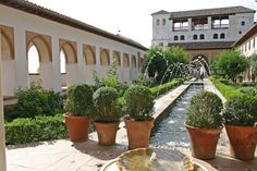 Generalife Patio de la Acequia (1)
